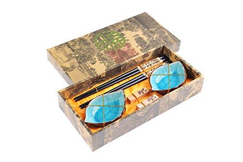 Quantum Abacus Edles Eßstäbchen-Set Panda aus geschnitzem Holz Stäbchenhalter Keramik-Schälchen in Geschenkschachtel Paar Stäbchen 2 Halter 2 Schälchen Mod CBS-S2-G-H01 DE