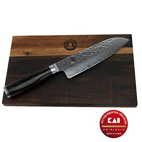 Kai Shun Premier Tim Mälzer Geschenkset Santokumesser Klinge18 cm TDM-1702 Japan Messer  handgefertigtes massives Schneidebrett aus Eiche 30x18 cm